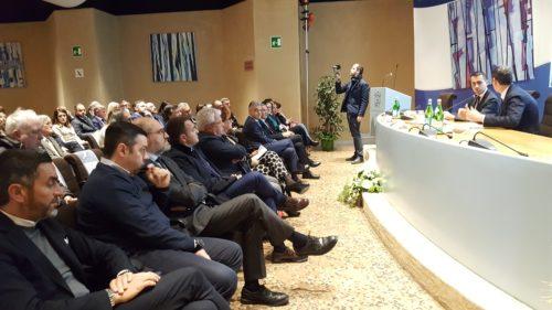 Il ministro Di Maio a Perugia ha incontrato gli imprenditori umbri
