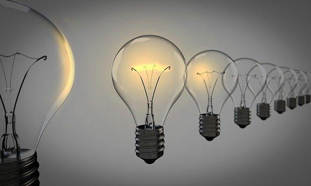 Energia elettrica: individuati esercenti servizio di salvaguardia per 2021-2022