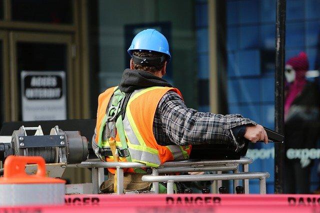 Verifiche periodiche delle attrezzature di lavoro: adottato il 27esimo elenco dei soggetti abilitati